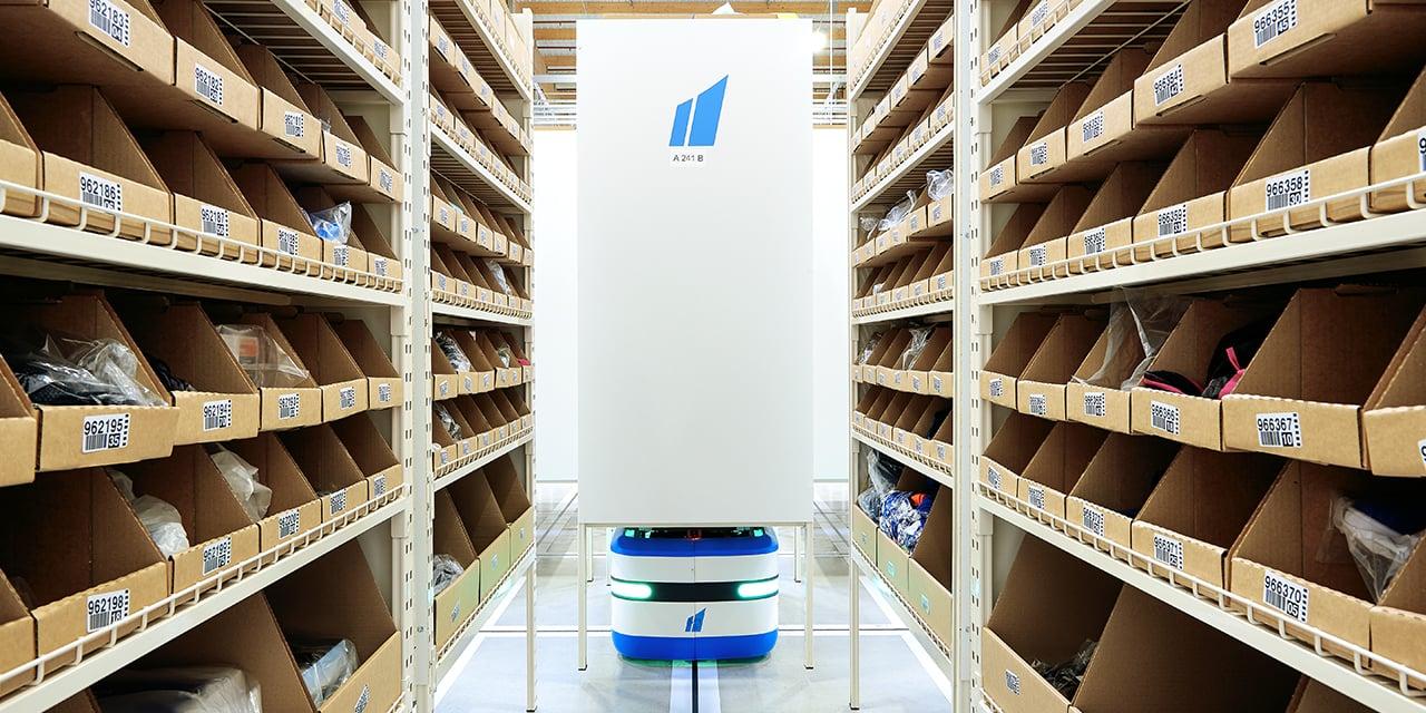 Automatiser la préparation de commandes des produits à faible rotation représentent un gain de productivité et d'efficacité logistique de l'ordre de 70 %.